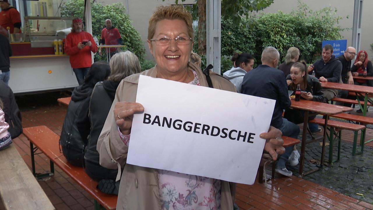 """Petra Lauer (60) aus Dudweiler wusste sofort, was ein """"Banggerdsche"""" ist: """"So ein kleiner frecher Bengel!"""" Die """"Saarländerin mit Leib und Seele"""" steht zu ihrem Dialekt. Sie ist überzeugt: """"Wir werden"""
