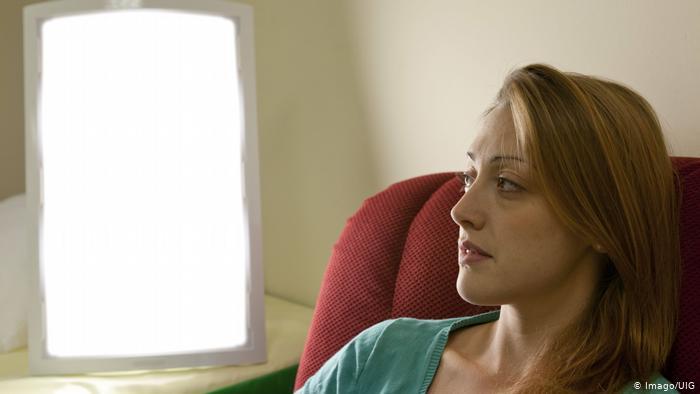 Lichttherapie (Imago/UIG)