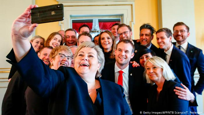 Norwegen Oslo Regierungsselfie (Getty Images/AFP/NTB Scanpix/T. Pedersen)