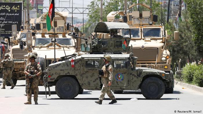 Afghanistan Anschlag auf Krankenhaus in Kabul (Reuters/M. Ismail)
