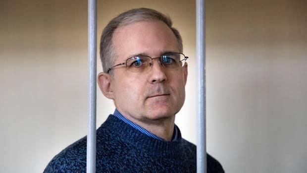 Der US-Amerikaner Paul Whelanwartet in Moskau auf eine Anhörung in einem Gerichtssaal (Archivbild)