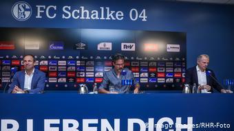Pressekonferenz des FC Schalke 04 (Imago Images/RHR-Foto)