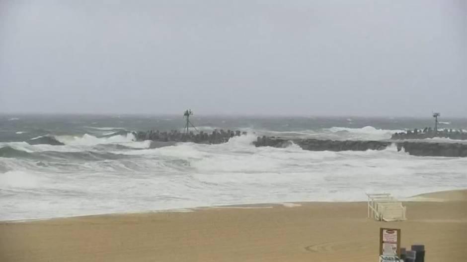 """Video: Tropensturm """"Fay"""" wütet im Nordosten der USA"""