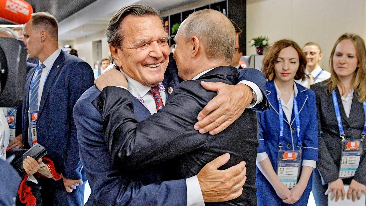"""Russland: Schröder verteidigt Nawalny-Gegner Putin - """"Fakten gibt es nicht"""""""