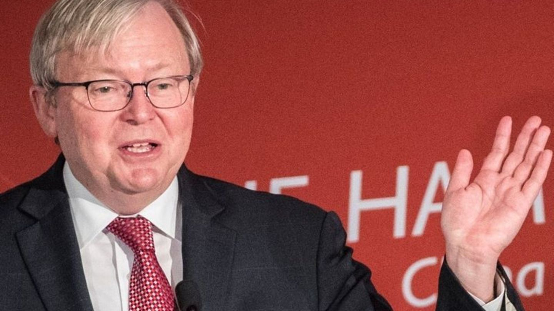 Australiens Ex-Regierungschef Kevin Rudd spricht und gestikuliert